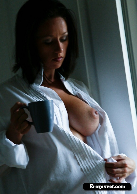 Милая цыпочка Kelly Hart Morning Coffee эро pictures