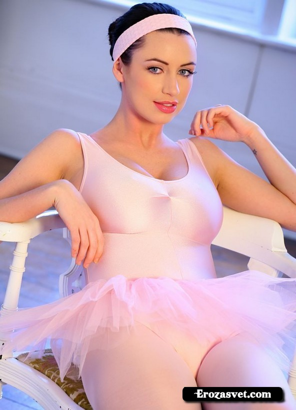 Опьяняющая дамочка Sophie Howard Ballerina sex pictures
